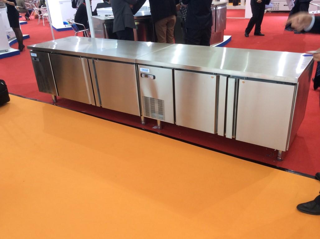 restaurant-fridges-kitchen-refrigeration3
