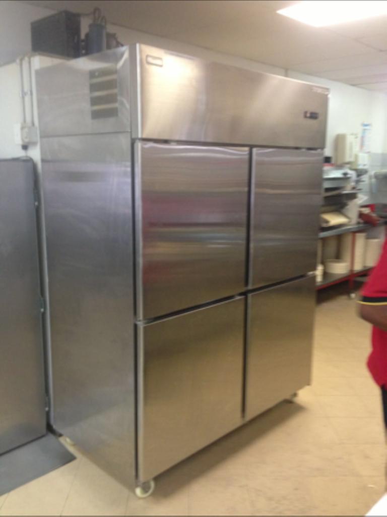 restaurant-fridges-kitchen-refrigeration8